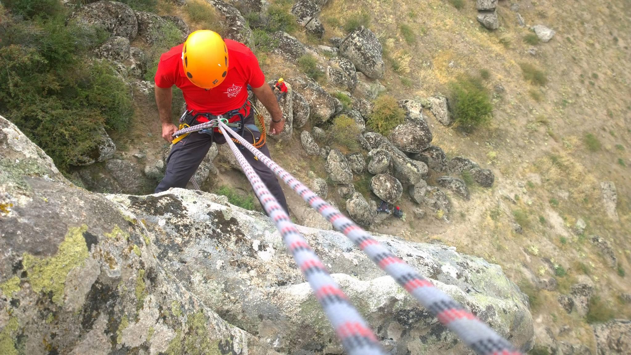 Dağ Arama Kurtarma Eğitimlerindeyiz