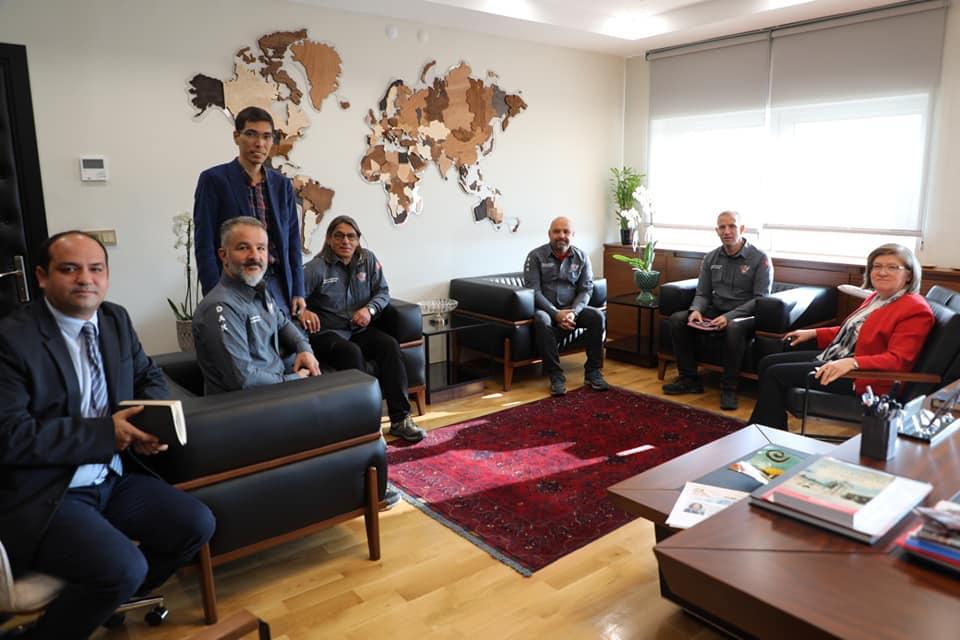 ETÜ Rektörü Prf. Dr. Tuncay Döğeroğlu\'nu Ziyaret.