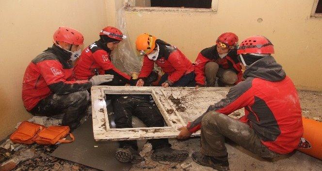 Deprem ve Enkaz Tatbikatı